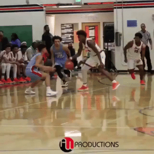 One of the nastiest plays you will ever see!   🎂 @Kevinporterjr 📹 @AWProductions1_  https://t.co/19vL5Tz1h9: One of the nastiest plays you will ever see!   🎂 @Kevinporterjr 📹 @AWProductions1_  https://t.co/19vL5Tz1h9