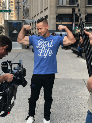 Welcome to the Gun Show ? https://t.co/pytRQXCxwg: ONE WAY  W 54 St  ASPIRE  ACHIEVE  Best  Life  LIVING AY Welcome to the Gun Show ? https://t.co/pytRQXCxwg