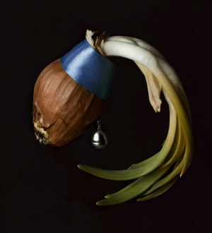 Onion with a Pearl Earring: Onion with a Pearl Earring