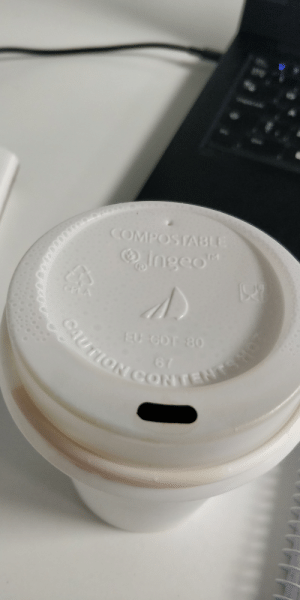 """Tbh, Coffee, and Thought: OO  COMPOSTABLE  lngeo""""  CPLA  CAUTION CONTENTSHO  EU CDT 80  t I've always thought the coffee cups at our kampus looked like they have the Corsair logo on them. Tbh I'd totally go for a RGB coffee mug :P"""