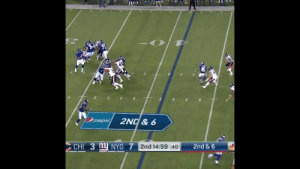 11-for-14, 161 yards and a TD.  Back-to-back spectacular performances by @Giants QB @Daniel_Jones10! #CHIvsNYG https://t.co/SkfnizM9qi: Opepsi  2ND& 6  CHI 3 nU NYG 7 2nd 14:59 40  2nd & 6 11-for-14, 161 yards and a TD.  Back-to-back spectacular performances by @Giants QB @Daniel_Jones10! #CHIvsNYG https://t.co/SkfnizM9qi