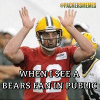 ORACKERSMEMES  WHEN I SEE A  BEARS FAN IN PUBLIC Tag a Bears fan 😂😂 packers gopackgo nfl bears bearsstillsuck rodgers aaronrodgers