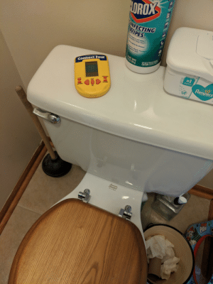 """Rate my setup: OROX  NFECTING  WIPES  ls Staph,E.coli MRSA""""  allmonella Strep Kleb  S  Kills Cold&Flu Viruses  areat for Wood, Granite  Stainless Steel  35 WET WIPES  9.10Z(258 9  OUT OF REACH OF CHILDIRGE  S  CAUTION:  ECTRONICAND HELD  Connect Four  pampers sensitive  #1  CHOICE OF Us  HOSPITALS  Pampers  HIRM ORE  LINGETTES  ENTER  NEW GAME  ON  HINT/DEMO  MB  Stamdard  PLEBE  PAW Rate my setup"""
