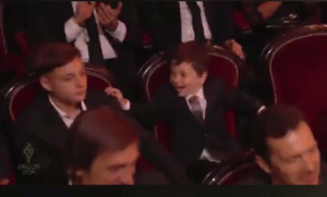 Messi's son Mateo reacting to his dad winning the Balon d'Or 😂😂 https://t.co/lBb8xmhrrY: PALLON  DOR Messi's son Mateo reacting to his dad winning the Balon d'Or 😂😂 https://t.co/lBb8xmhrrY
