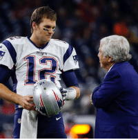 Tom Brady assured Robert Kraft he'd be willing to play another 6 or 7 years 👀🙌: PATRI Tom Brady assured Robert Kraft he'd be willing to play another 6 or 7 years 👀🙌