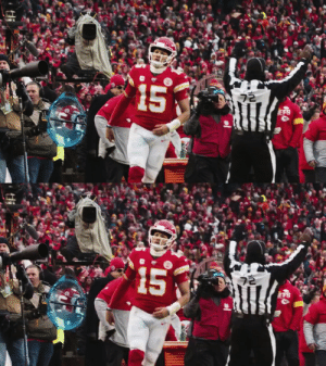 .@PatrickMahomes just threw four TDs in nine minutes. #ChiefsKingdom #NFLPlayoffs https://t.co/qzga1kXUhe: .@PatrickMahomes just threw four TDs in nine minutes. #ChiefsKingdom #NFLPlayoffs https://t.co/qzga1kXUhe