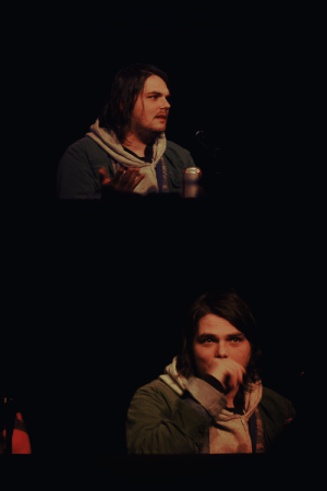 Tumblr, Blog, and Comic Con: penceyghoul: gerard way @ nc comic con.  11/10/18.  durham, nc.   please don't use/repost without permission. (or if you decide to swipe them, at least credit me @penceyghoul thank u!)