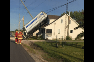 Boss, I can't go today. A truck crashed my 1st floor. No, listen, I swear...: PENSKE  Eer Boss, I can't go today. A truck crashed my 1st floor. No, listen, I swear...