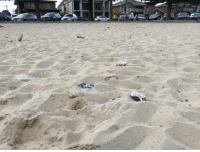 Beach, Who, and Can: People who litter on the beach can f**k right off this planet.