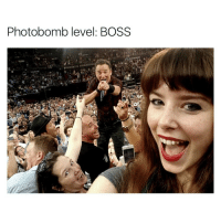 Funny, Photobomb, and Photobombing: Photobomb level: BOSS This guy is still so cool (pic via jaapgrolleman)