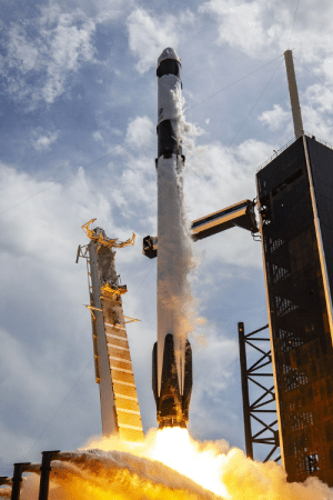 photos-of-space:  Crew Demo-2 Mission: photos-of-space:  Crew Demo-2 Mission