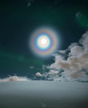 photos-of-space:  Moon Corona and Aurora. Credit: Adrien Mauduit.: photos-of-space:  Moon Corona and Aurora. Credit: Adrien Mauduit.