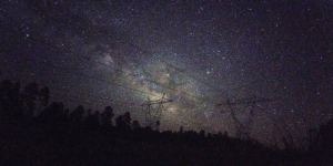 Tumblr, Blog, and Quite: photos-of-space:  Smartphones are quite a ways behind modern DSLRs, but you can still get some surprisingly decent widefield shots with one.