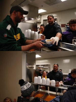 Campbell's teamed up with @DavidBakhtiari and the @Packers for #NFLHuddlefor100, donating 10,000+ bowls of soup to New Community Shelter in Green Bay. #PackersHuddlefor100 https://t.co/MVhm8HioWP: PLEASE  WASH  HANDS  THIS ARE  NKY  WILD   AS DA  CHUNKY  WILOC Campbell's teamed up with @DavidBakhtiari and the @Packers for #NFLHuddlefor100, donating 10,000+ bowls of soup to New Community Shelter in Green Bay. #PackersHuddlefor100 https://t.co/MVhm8HioWP