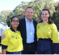 Dank, Ups, and Work: Pleased to catch up with Fatima and Bianca who completed a Green Army project at Chowder Bay and now work for the National Parks and Wildlife Service. Well Done!