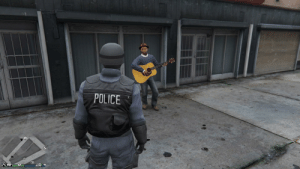 Anyway, here's Wonderwall.: POLICE Anyway, here's Wonderwall.