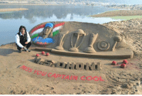 Popular sand artist Ajay Shankar Mehta from Bokaro has created an art appreciating former Indian skipper MS Dhoni's decision to quit captaincy.: Popular sand artist Ajay Shankar Mehta from Bokaro has created an art appreciating former Indian skipper MS Dhoni's decision to quit captaincy.