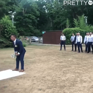 What happens when the groom throws the wedding bouquet... https://t.co/SmdAVqOmH9: PRETTY What happens when the groom throws the wedding bouquet... https://t.co/SmdAVqOmH9
