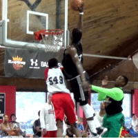 Put this down as one of the most disrespectful putback dunks we've seen... 👀👀 https://t.co/E2pK7xesFs: Put this down as one of the most disrespectful putback dunks we've seen... 👀👀 https://t.co/E2pK7xesFs