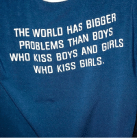 boys and girls: PWORLD HAS BIBGER  WHD LEMS THAN BOYS  u KISS BOYS AND GIRLS  WHO KISS GIRLS.