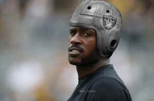 Antonio Brown showing up to Raiders training camp like... https://t.co/TISd1x2vGe: RAIDERS  @NFL MEMES Antonio Brown showing up to Raiders training camp like... https://t.co/TISd1x2vGe