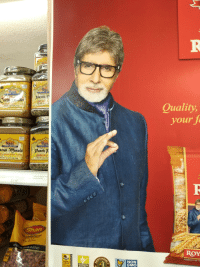 Indian celebrity Amitabh Buchan doing a racist sign: Rat  Quality  Net wt. 16-1  your t  100  Ran  Rani  aram Masala anh ?.  INDIAN 5  INDIAN SPICE BLEND  Net Wt. 160z (  NET WT. 16 02 (1 L8) 454g  RANI PANCH  80901192556  5.99  Shan  ST TA  ROY  STE GUARANTEED  ONS  NON  GMO  WHOL  GRAIN  13g or more  Tested for Indian celebrity Amitabh Buchan doing a racist sign
