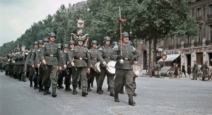Reddit, Word, and Single: Reddit Grammar Nazis Invade A Post Containing A Single Misspelled Word (Colorized, 1940)
