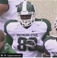 Who remembers when Draymond Green tried to play TE at MSU 😂😂: Riddell  MICHIGAN STATE  bigtennetwork  MICH Who remembers when Draymond Green tried to play TE at MSU 😂😂