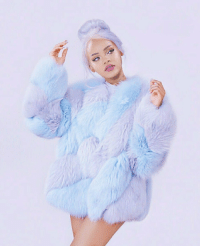 Ass, Candy, and Rihanna: rihanna is a look. she's looking like a fine ass cotton candy.