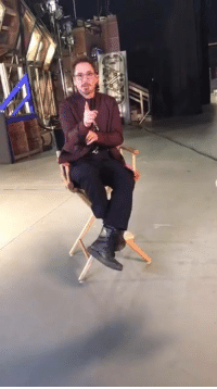 Robert Downey Jr was live answering questions from the set of INFINITY WAR!  (Nerds Love Art): Robert Downey Jr was live answering questions from the set of INFINITY WAR!  (Nerds Love Art)