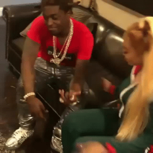 robtherich:  Kodak makes  Cuban doll get on her knees and propose  LEGEND SHIT: robtherich:  Kodak makes  Cuban doll get on her knees and propose  LEGEND SHIT