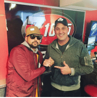 RRR!! PLEASURE HANGING OUT WITH THE HAMMER AT Z103.5 WAH DAY! #MADPEOPLETINGDEYSHOULDKNO RRR!!!: RRR!! PLEASURE HANGING OUT WITH THE HAMMER AT Z103.5 WAH DAY! #MADPEOPLETINGDEYSHOULDKNO RRR!!!