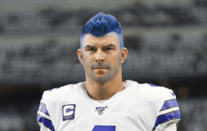 RT @NFL_Memes: Andy Dalton changing his hair to match his team's color like... https://t.co/ujbP3vJUlY: RT @NFL_Memes: Andy Dalton changing his hair to match his team's color like... https://t.co/ujbP3vJUlY