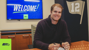 RT @Seahawks: Officially official. 📝  Welcome, @gregolsen88! https://t.co/68oXELX1YD: RT @Seahawks: Officially official. 📝  Welcome, @gregolsen88! https://t.co/68oXELX1YD