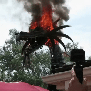 Disney, Disney World, and Fire: ruinedchildhood:  ruinedchildhood:  Fire-breathing dragon catches fire at Disney World parade (Vid: IG - hollyer)  source