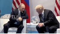 Putin spots FakeNews in the crowd and Both decide to have a laugh I presume? 😂🇺🇸: RUPTLY Putin spots FakeNews in the crowd and Both decide to have a laugh I presume? 😂🇺🇸