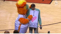 @miamiheat pay tribute to Craig Sager with a beautiful montage. SagerStrong: SAGER  r  b  ie, GE @miamiheat pay tribute to Craig Sager with a beautiful montage. SagerStrong