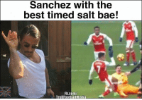 Memes, 🤖, and Sanchez: Sanchez with the  best timed Salt bae!  Fb.com/  Troll FootballMedia Sanchez 😂😭 🔺LINK IN OUR BIO!! 😎🔥