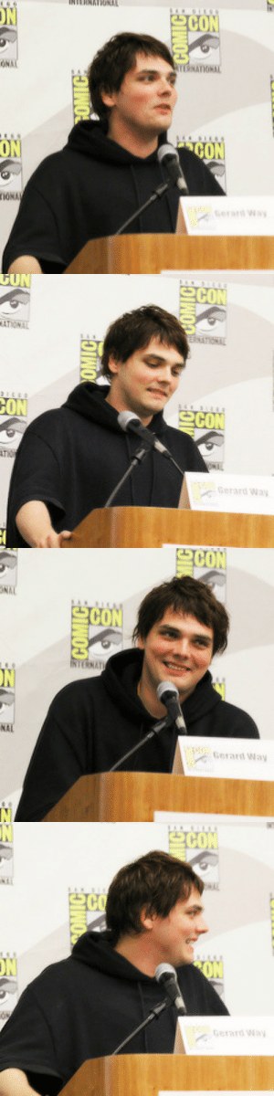 killingjars:  Gerard Way at The Aquabats SDCC panel, 2012. Photo credit : SC  ON  ON  İONA   Gerard Way   COM  NAT  NAL  Gerard Way   CON  erad killingjars:  Gerard Way at The Aquabats SDCC panel, 2012. Photo credit