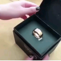 9gag, Memes, and 🤖: Scam! Follow @9gag proposal