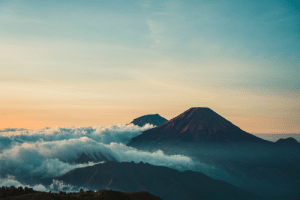 Scenic photo of mountain during dawn.: Scenic photo of mountain during dawn.