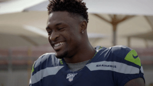 D.K. Metcalf's go-to route?  You might be surprised. 💪 @Seahawks @dkm14  📺: #SEAvsMIN — 8PM ET on FOX https://t.co/IVAikwgkjr: SEAHAWIS  NFL D.K. Metcalf's go-to route?  You might be surprised. 💪 @Seahawks @dkm14  📺: #SEAvsMIN — 8PM ET on FOX https://t.co/IVAikwgkjr