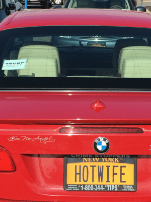 Seen in the local grocery store parking lot. Of course it's a BMW.: Seen in the local grocery store parking lot. Of course it's a BMW.