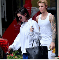 Memes, Selena, and The Core: Selena & Bieber are working their relationship to the core hitting up a pilates class. selenagomez justinbieber tmz