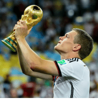Fifa, Memes, and World Cup: SEME0 Happy 23rd birthday to 2014 FIFA World Cup winner Matthias Ginter! HappyBirthday Ginter WorldCup Germany Deutschland DFB DieMannschaft @dfb_team @bvb09