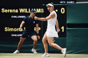 Simona Halep defeats Serena Williams in straight sets to win her first #Wimbledon title: SETS GAUES  Serena WILLMS  0  CHALLENOES  Simona  1  CHALLEN Simona Halep defeats Serena Williams in straight sets to win her first #Wimbledon title