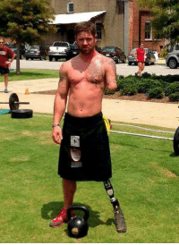 American soldier, Noah Galloway. Kicking Ass and Taking Names! https://t.co/bic2SJkvDX: SEU American soldier, Noah Galloway. Kicking Ass and Taking Names! https://t.co/bic2SJkvDX