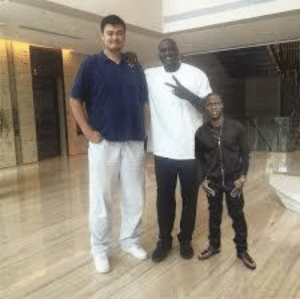 Kevin Hart, Shaq, and Yao Ming: Shaq and Yao Ming make Kevin Hart look photoshopped into a picture.
