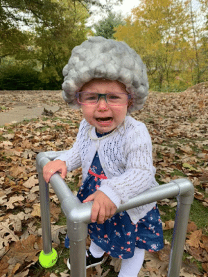 She really pulled off her old lady costume: She really pulled off her old lady costume