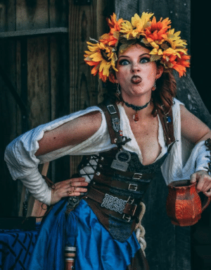 She totally busted me trying to take a candid at a Renaissance Faire: She totally busted me trying to take a candid at a Renaissance Faire